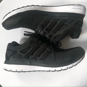 Shoes - Addidas Cloudfoam Sneakers